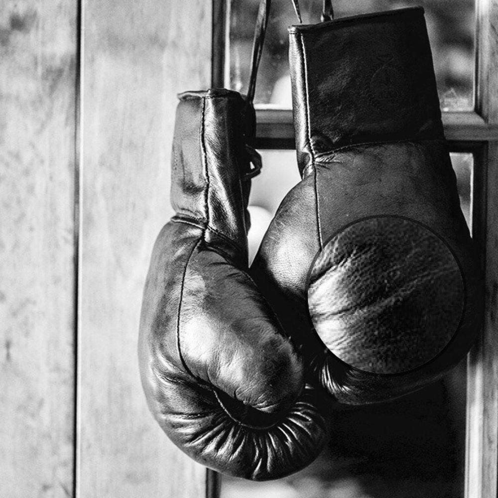 Картинки боксерские перчатки на гвозде федерация бокса с крестом