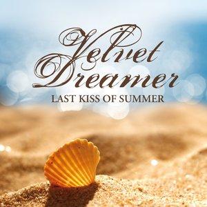 Velvet Dreamer - Oasis