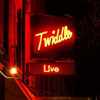 Live — Twiddle